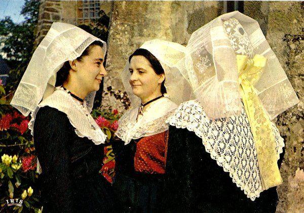 Trajes tipicos de francia costumes traditionnels et for Tipico de francia