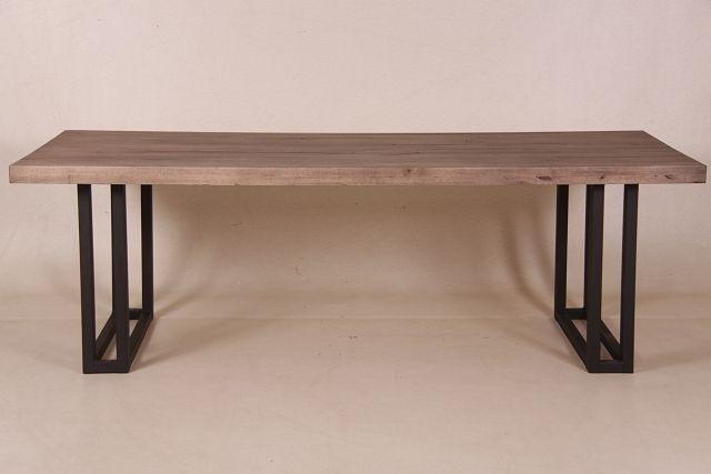 ber ideen zu esstisch holz metall auf pinterest schlafsofas esstische und tisch. Black Bedroom Furniture Sets. Home Design Ideas