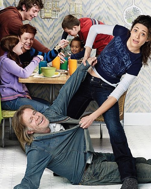 'Shameless' Season 7 Spoilers: Emmy Rossum Shares Behind The Scenes Photos – Makes Directorial Debut - Premiere Date Announced
