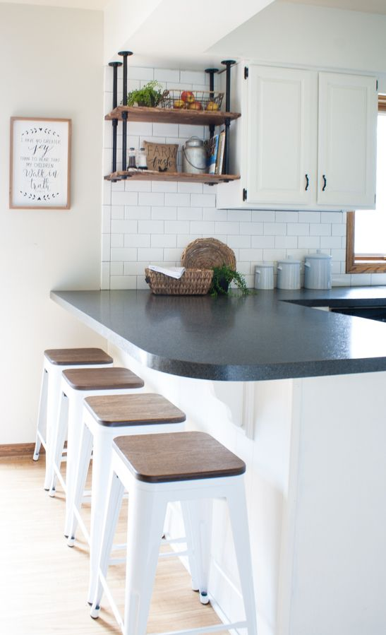 Best Black And White Farmhouse Kitchen Makeover White 400 x 300