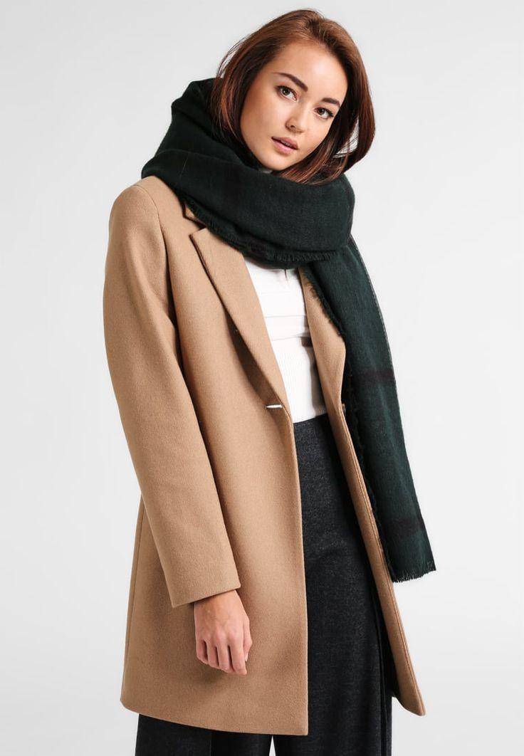 ¡Consigue este tipo de bufanda de Naf Naf ahora! Haz clic para ver los detalles. Envíos gratis a toda España. NAF NAF UECOSSE Bufanda dark green: NAF NAF UECOSSE Bufanda dark green Complementos   | Material exterior: 100% poliacrílico | Complementos ¡Haz tu pedido   y disfruta de gastos de enví-o gratuitos! (bufanda, bufanda, scarf, snood, knitted scarf, schal, bufanda, écharpe, sciarpa, bufandas)