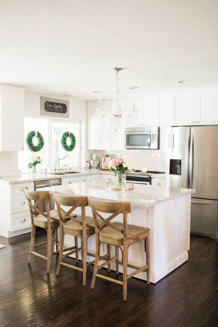 Small Kitchens With Islands For Seating Best 25+ White Farmhouse Kitchens Ideas On Pinterest