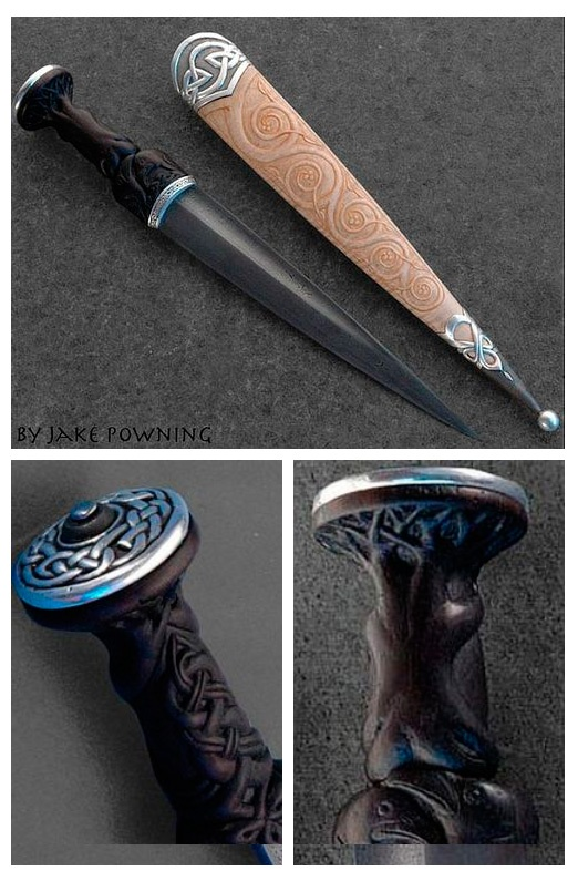 Hand-made Daggers - Tveirhrafnr (Two Ravens) Swordsmith: Jake Powning Year: 2010 Measurements: length ~ 33cm, weight ~ 358g The blade of this dirk was forged from 600 layer Damascus steel. The grip is carved with two ravens, their wings interlaced. Source & Copyright: Jake Powning http://powning.com/jake/