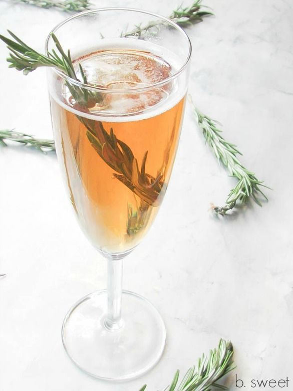 Pear and Rosemary Infused Vodka by bsweetdessertboutique #Cocktail #Pear #Rosemary #Vodka