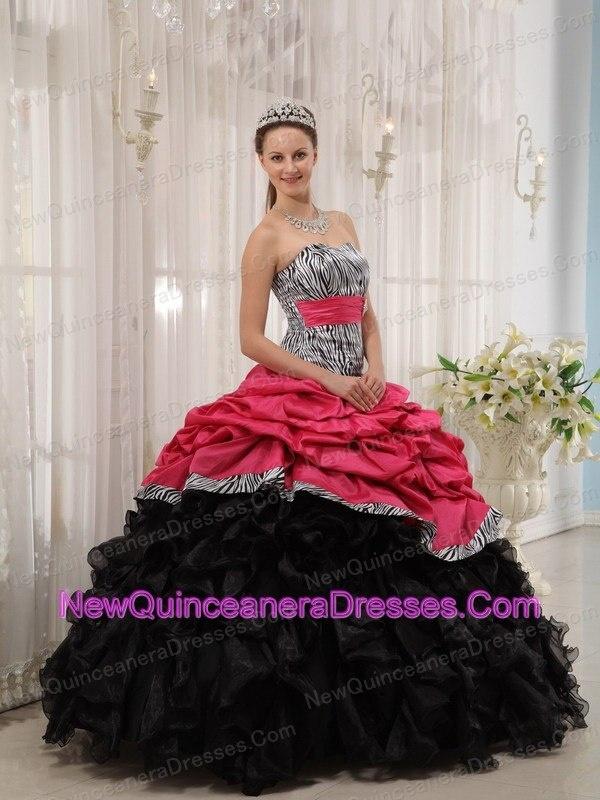 http://www.newquinceaneradresses.com/featured-quinceanera_dresses  amazing beaded quinceanera dresses  amazing beaded quinceanera dresses  amazing beaded quinceanera dresses