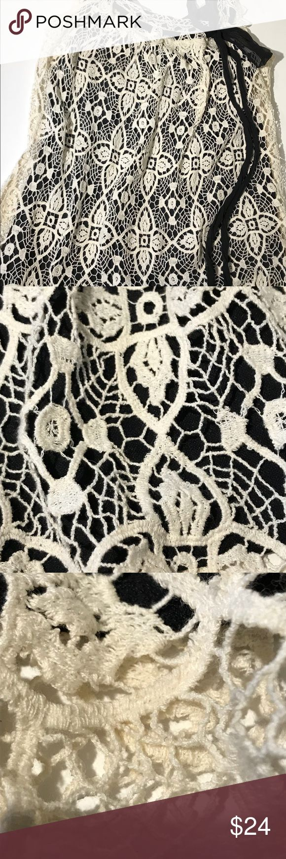 Karen Kane Med Cream Lace Tank w/Black Cami Karen Kane Stunning lace Cream Tank/Black Cami underlying Size Med this item is preowned, in EUC no stains, wholes or other defects. Karen Kane Tops Tank Tops