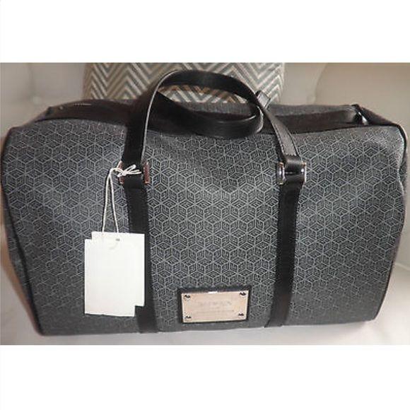 "❤️keeping❤️NWT Balmain duffle / travel bag Gorgeous AUTHENTIC Balmain travel bag.  L 20"", H 8.25"" D 9"" drop 4"" Balmain Bags"