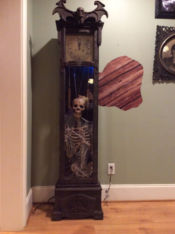 18 Best Images About Halloween Clocks On Pinterest