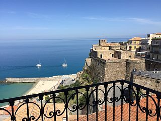 Dependance delle Grazie by PALAZZO PIZZO in charming village by the sea Calabria
