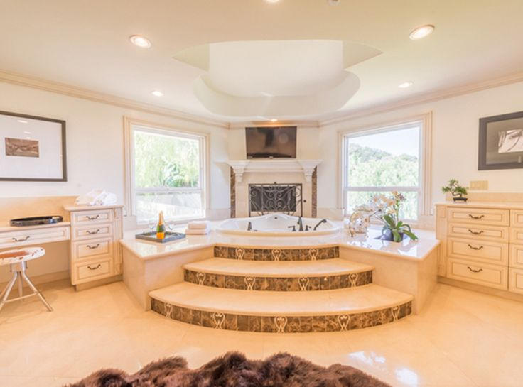 Nick And Vanessa Lachey Just Purchased Jenni Rivera's $4.15 Million Mansion - The Master Bath from InStyle.com