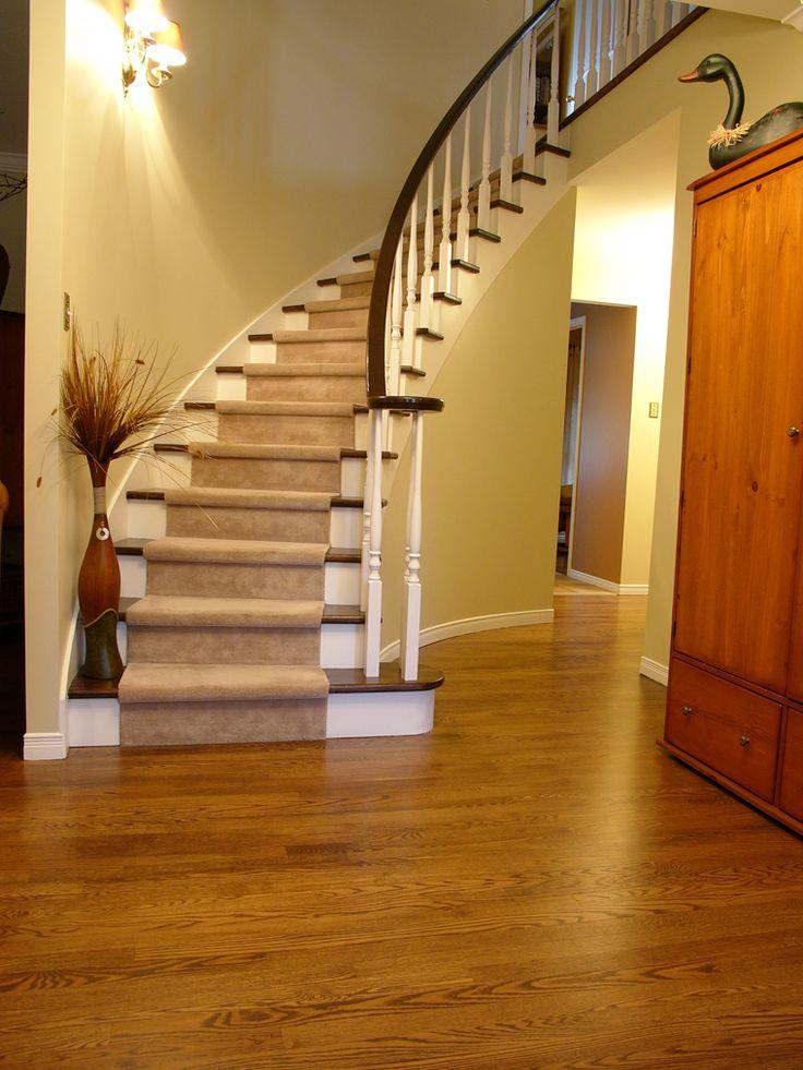 1000 id es sur le th me finition de plancher de bois franc sur pinterest plancher de bambou for Peut on peindre sur un escalier vitrifie