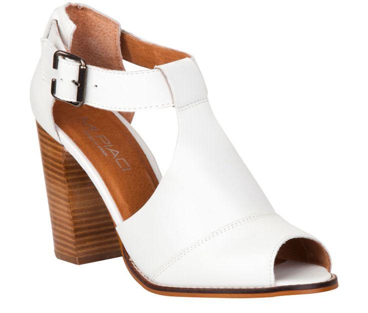 Hazaco – White, Tan, Black. $280.00 nzd http://www.mipiaci.co.nz/product-display-87.aspx?CategoryId=45&ProductId=5439&Colour=White