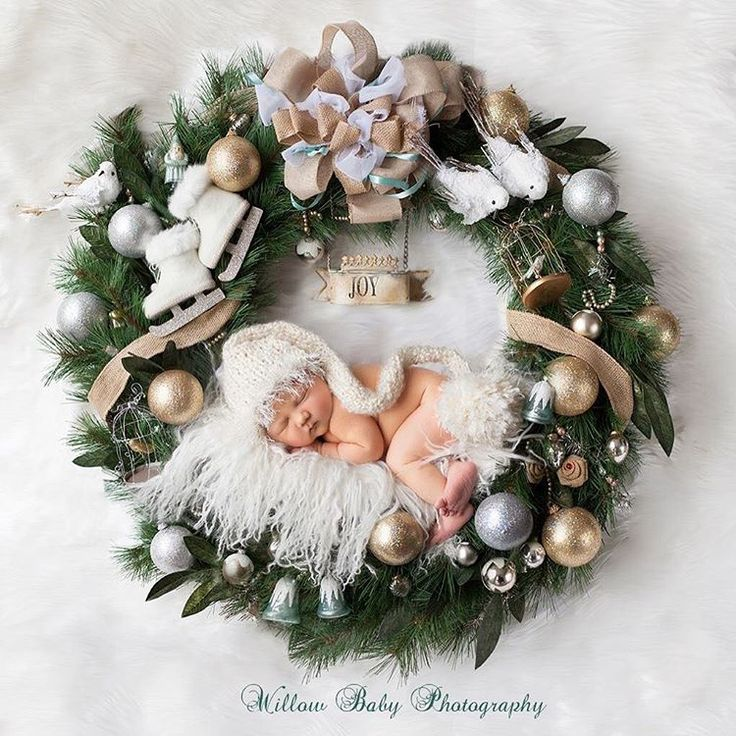 AD-Knitted-Christmas-Baby-Outfits-09