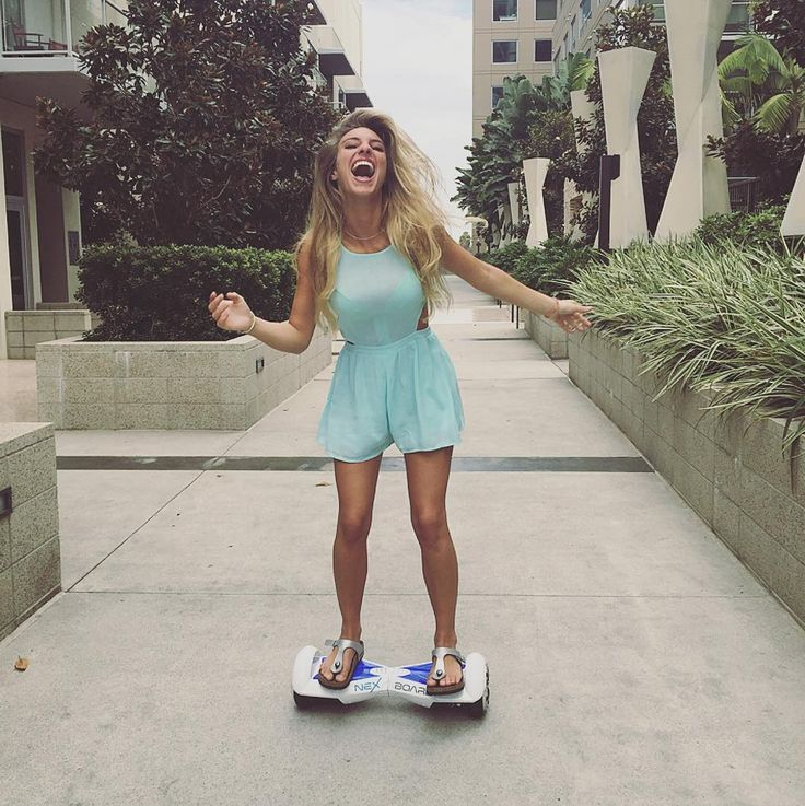"Lele Pons Style - ""No more walking for me HAAA @nexboards"""