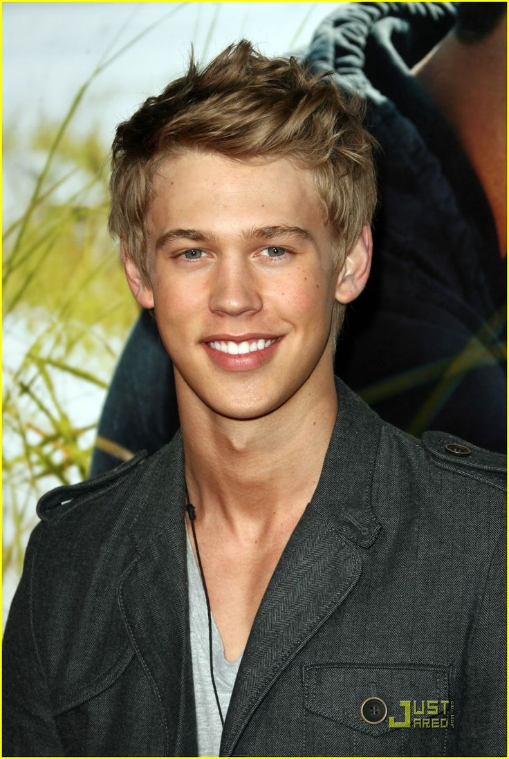 i've thought Austin Butler was hot since the day he showed up on Zoey 101
