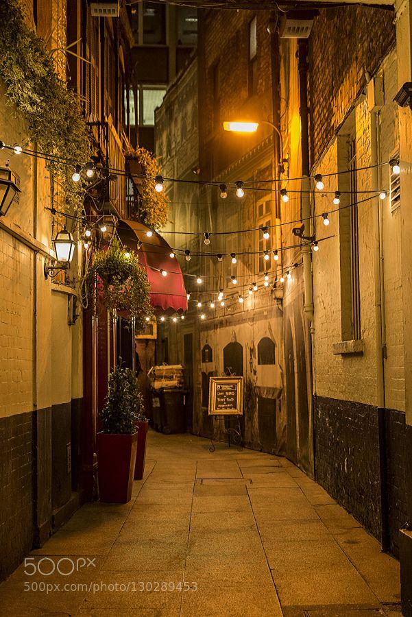Alley An alley of Grafton street Dublin