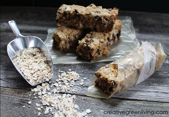 How to Make the Most Delicious Granola Bars You've Ever Had ~ Creative Green Living