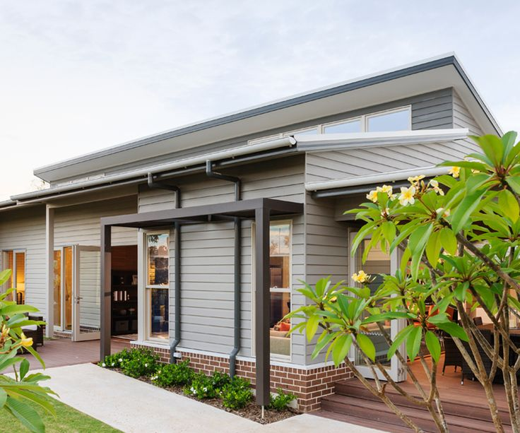 27 best skillion roofs designs images on pinterest for Modern weatherboard home designs