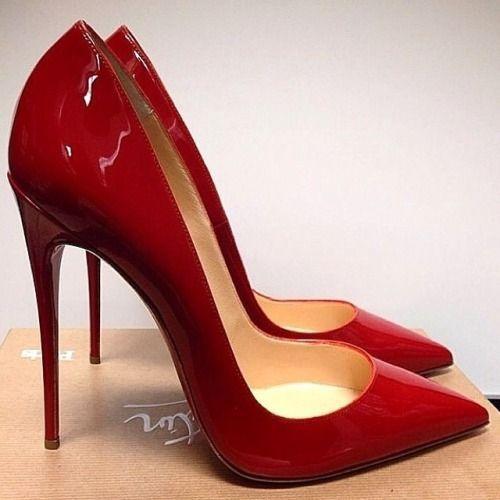 un clasico zapatos rojos <3