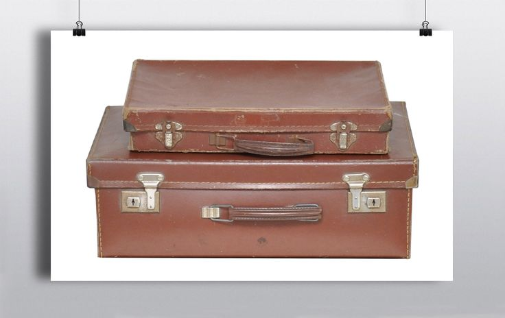 1 x small brown leather doctors case (28cmx21cm) & 1 x medium brown leather doctors case (36cmx26cm) http://www.prophouse.ie/portfolio/doctors-cases/