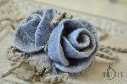 Браслеты ручной работы. Ярмарка Мастеров - ручная работа. Купить Украшение на руку «Букет из голубых роз». Handmade. Украшение на руку