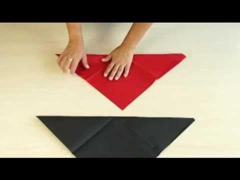 AVA servetten vouwen: de piramide