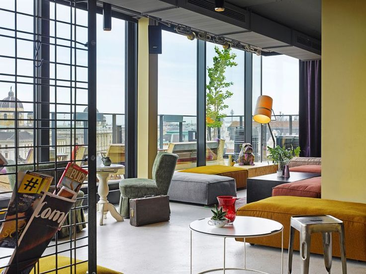 25hours Hotel Vienna at MuseumsQuartier Dachboden Loft - Bar with a view
