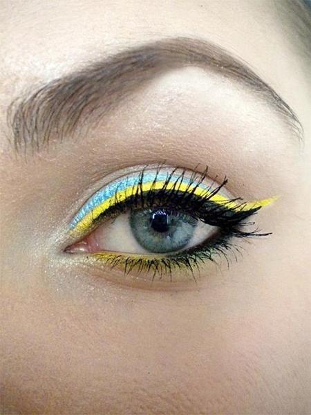 Lemon: Cat Eye, Eye Makeup, Neon Eyeshadows, Eye Colors, Bright Eye, Summer Eye, Blue Yellow, Black Eyeliner, Makeup Eye