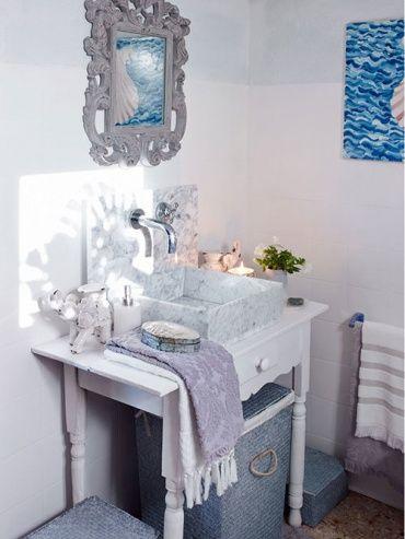 ZARA Home ホテルの洗面台のような、リッチな雰囲気に変身できちゃいます♪鏡やソープディスペンサーなど、ひとつひとつのアイテムが「いちいちエレガント」なのが、ザラホームの特徴ですね♡