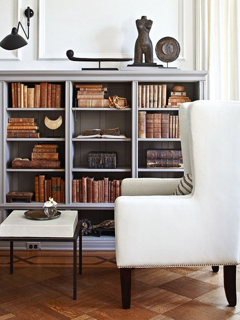 I love old booksDecor, Old Book, Bookshelves, Organic Bookcas, Antiques Book, Interiors Design, Reading Spot, Grey Bookcas, Traditional Homes