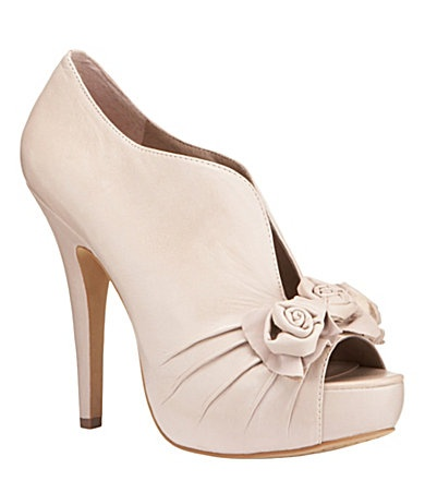 bridesmaid shoes?: Cream Rosette, Camuto Misty, Heel Boots, Peep Toe Heels, Misty Pumps, Bridesmaid Shoes, Weddings Shoes, Rosette Peep To, Heels Boots