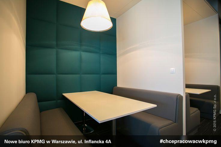 Przestrzeń nowego biura KPMG w Warszawie została zaprojektowana zgodnie z najnowszymi trendami aranżacji powierzchni biurowych. Obok elementów wyposażenia dostarczonych przez czołowe polskie firmy znalazły się meble uznawane za klasyki designu, zaprojektowane przez światowych twórców.#design #kpmgwwarszawie #kpmginwarsaw  #nowebiuro #newoffice #inflancka #chcepracowacwkpmg #kariera #praca