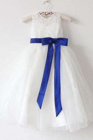 Light Ivory Flower Girl Dress Royal Blue Baby Girls Dress Lace Tulle Flower Girl Dress With Royal Blue Sash/Bows Sleeveless Floor-length D12