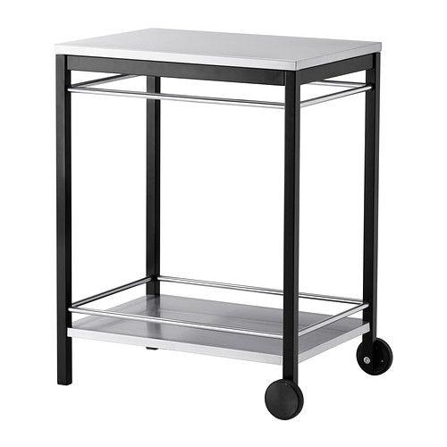 IKEA - KLASEN, Trancherbord, KLASEN trancherbord gir deg ekstra oppbevaringsplass, og kan enkelt flyttes dit du trenger det.Trancherbordet er laget av galvanisert og rustfritt stål, noe som gir god rustbeskyttelse.Hyllen i rustfritt stål har en slitesterk overflate som er enkel å rengjøre.Fungerer også perfekt ved siden av KLASEN grill, som et praktisk sted å sette serveringsfat og grilltilbehør. Pris kr 900,-