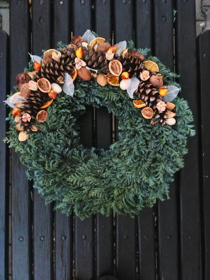 Autumn wreath on the grave