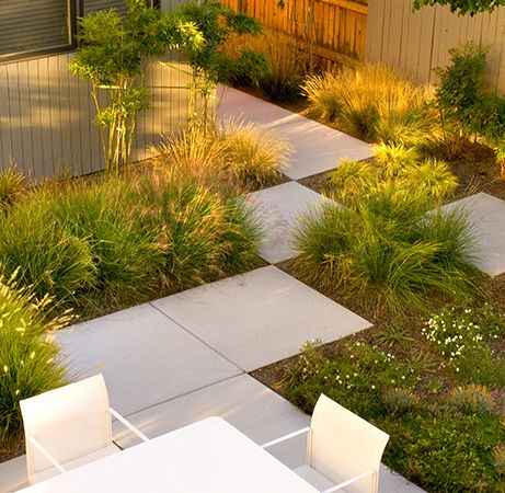 Mid century Modern landscape by Strell Design   To soften the stark lines  of a. 100  ideas to try about Mid Century Modern Landscape Inspiration