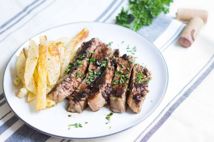 ENTRECOTE STEAK WITH RED WINE SAUCE