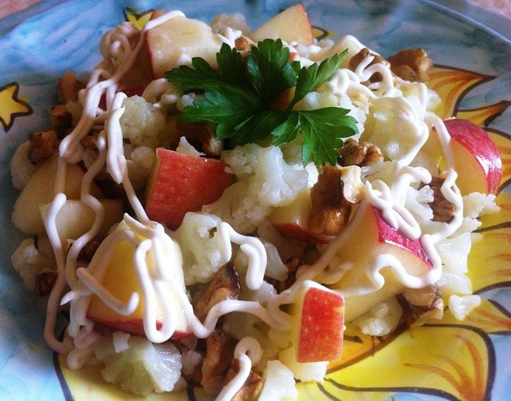 Insalata di cavolfiore, mele e noci - #Christmas #appetizer: Cauliflower #salad