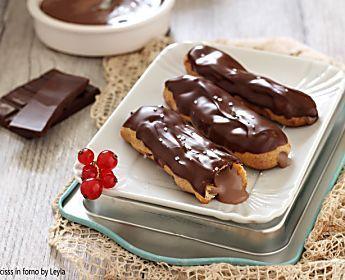 Eclair al cioccolato, ricetta golosissima