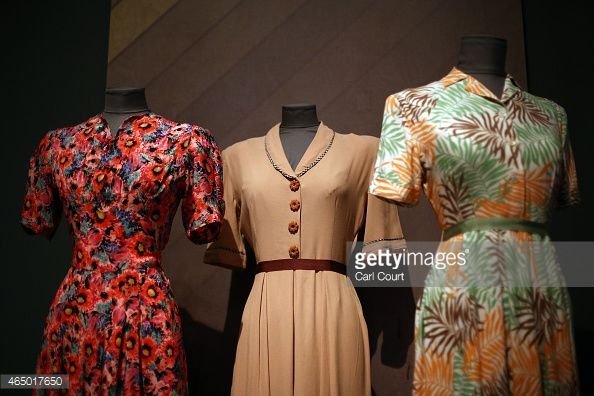 Ahhh. Tea dresses from the 40s - how utterly eye catching and so stylish. We love them!