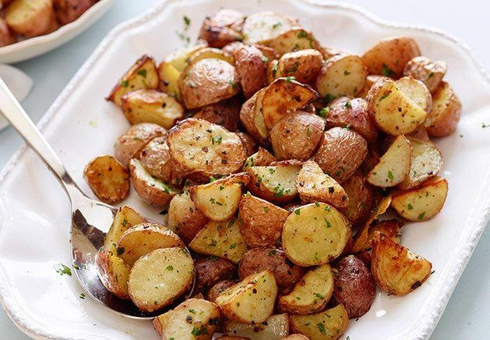 #Patatas fritas con ajo: una sencilla y exquisita preparación, patatas fritas con #ajo para aprender a preparar rápido con instrucciones súper fáciles   Recetas Vegetarianas