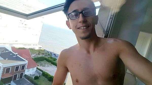Rodrigo Noya presentó a su verdadera novia El actor publicó una foto en las redes sociales, luego de desmentir un amorío con Cande Ruggeri. Fuente ... http://sientemendoza.com/2017/01/25/rodrigo-noya-presento-a-su-verdadera-novia/