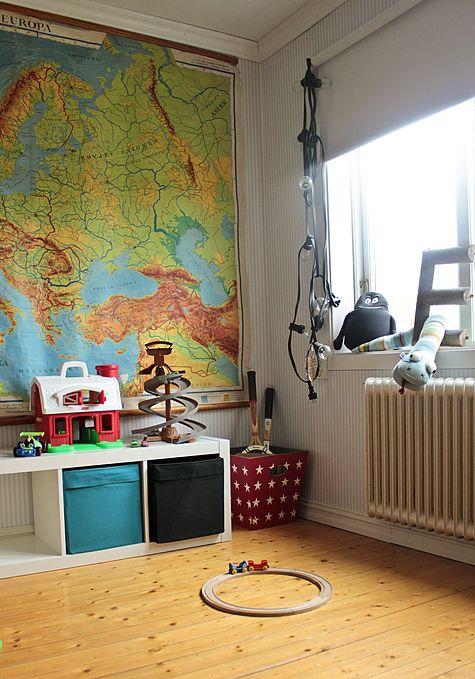 Vintage House: TEMA V 43: BARNRUM