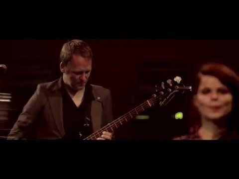 """Françoiz Breut """"La Conquête"""" #Live à Fip - YouTube"""