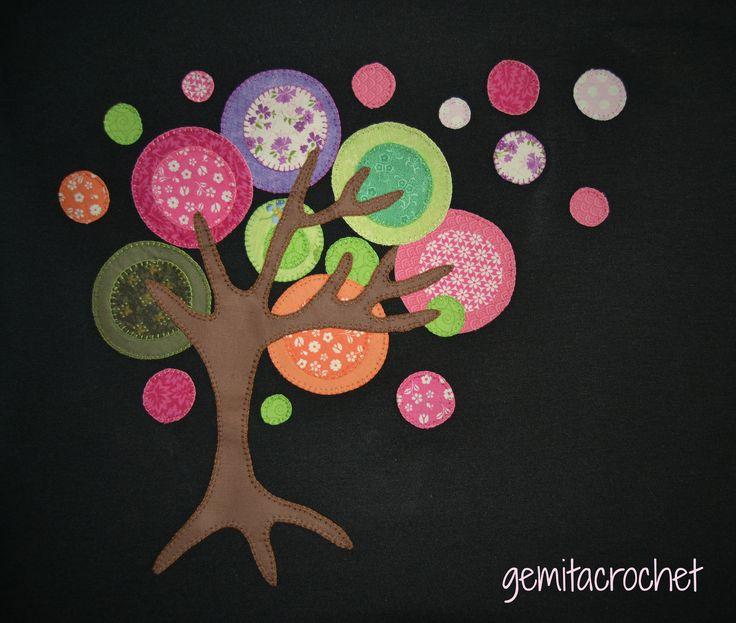 camiseta decorada patchwork