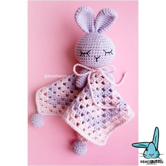 Gehaakte pastel paars en pastel roze baby van BlueRabbitLV op Etsy