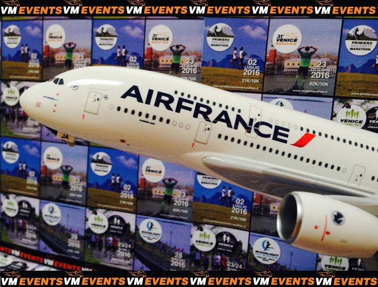 Laisse t'année sportive décoller! Prend l'avion avec #Airfrance aux #VMEVENTS! #Venicemarathon #RunningVenice  Let your running year take off ! Fly with #Airfrance to #VMEVENTS! #Venicemarathon #RunningVenice  Fai decollare il tuo anno di running! Vola con #Airfrance ai #VMEVENTS #FlyRunning