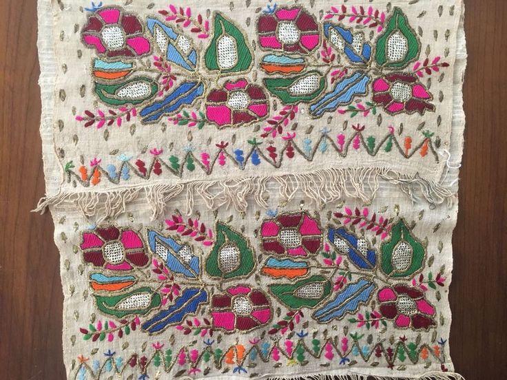 Antique Ottoman-Turkish Silk & Gold Metallic Hand Embroidery On Linen N1