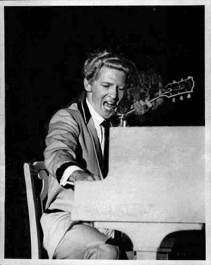 Jerry Lee Lewis at Cafe De Paris, New York, June 1958.