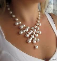 Resultado de imagen para collares con perlas grandes